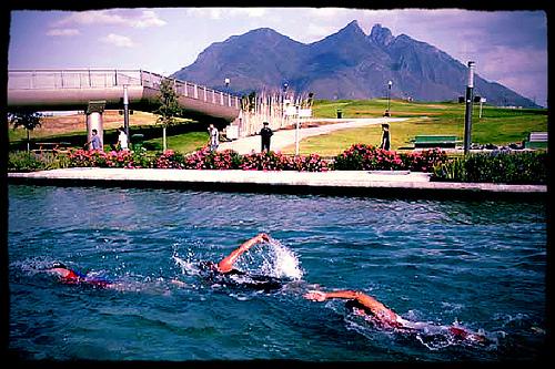 Campeones mundiales y atletas olímpicos en el primer Ironman 70.3 Monterrey