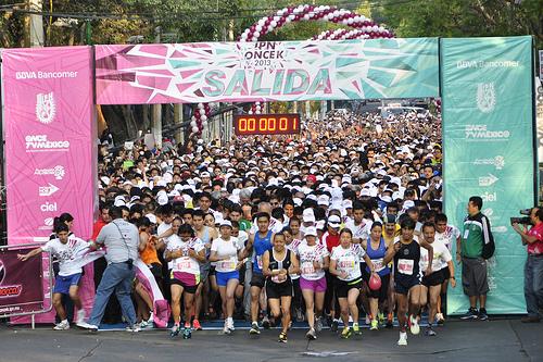 Más de 20 mil personas en la sexta edición de la carrera IPN OnceK 2013