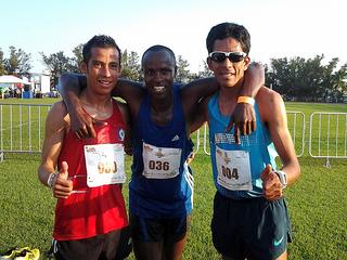 Romero y Sánchez triunfan en el Medio Maratón Puerto de Veracruz 2014