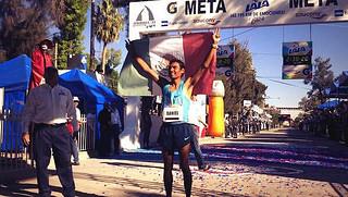 Mburi y Amare ganan el Maratón LALA 2014