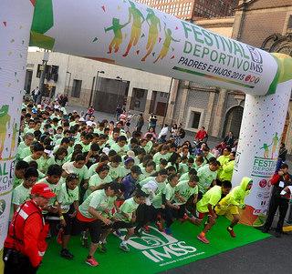 Festival Deportivo Padres e Hijos del IMSS mantiene record Guinness