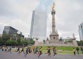 etiopes ganan maraton ciudad de mexico corredor fallece