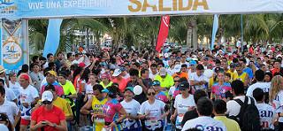 Kenianos dominan el Maratón de Cancún 2015