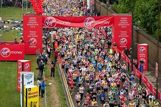 El Maratón de Londres celebra su corredor 1 Millón #oneinamillion
