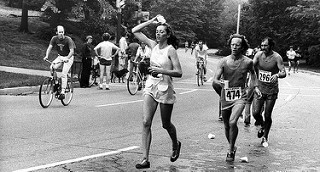 Kathrine Switzer, primera mujer en correr el Maratón de Boston
