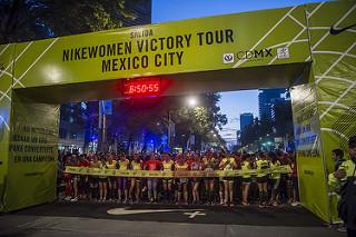carrera nike mujeres 21K resultados