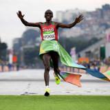 Kipchoge gana el maratón olímpico en Río 2016