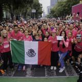 Avon pinta de rosa Paseo de la Reforma