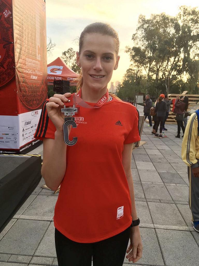 medalla playera maraton ciudad de mexico