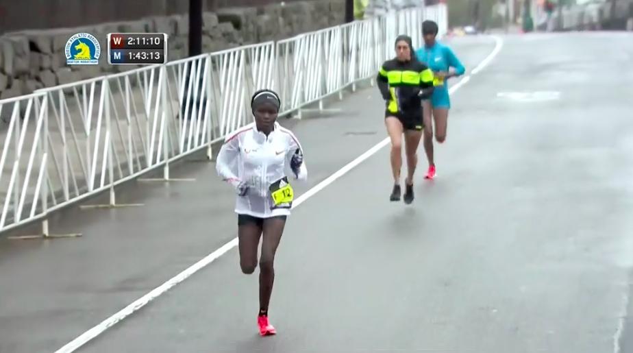 atletas desire linden maraton boston 2018