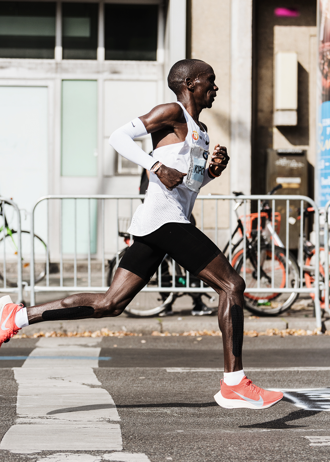 eliud kipchoge record maraton berlin 2018