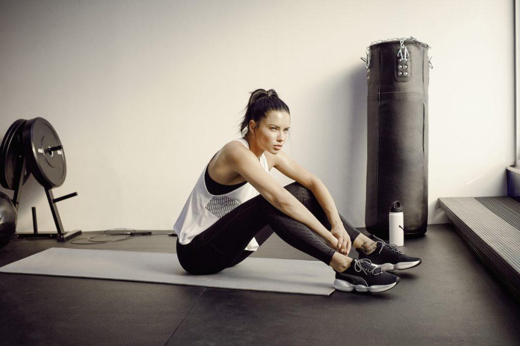 Adriana Lima tenis Gym Mode XT