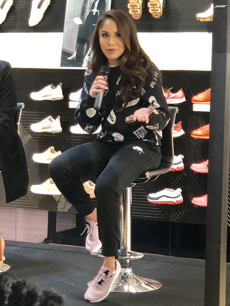 Paola Longoria Nike Artz