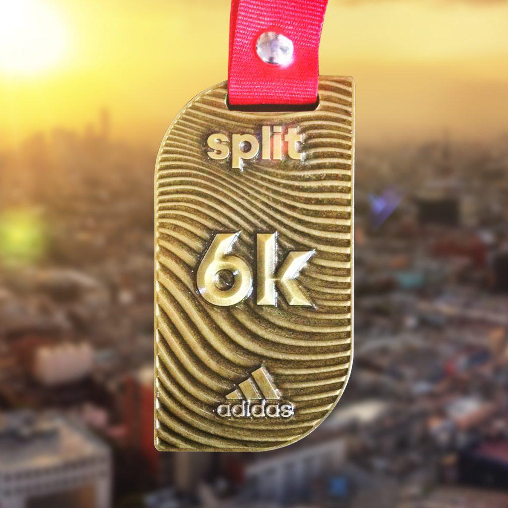 Medalla adidas splits 2019